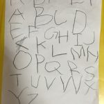 うちの子が、教えてないのにアルファベットが書けるようになった方法